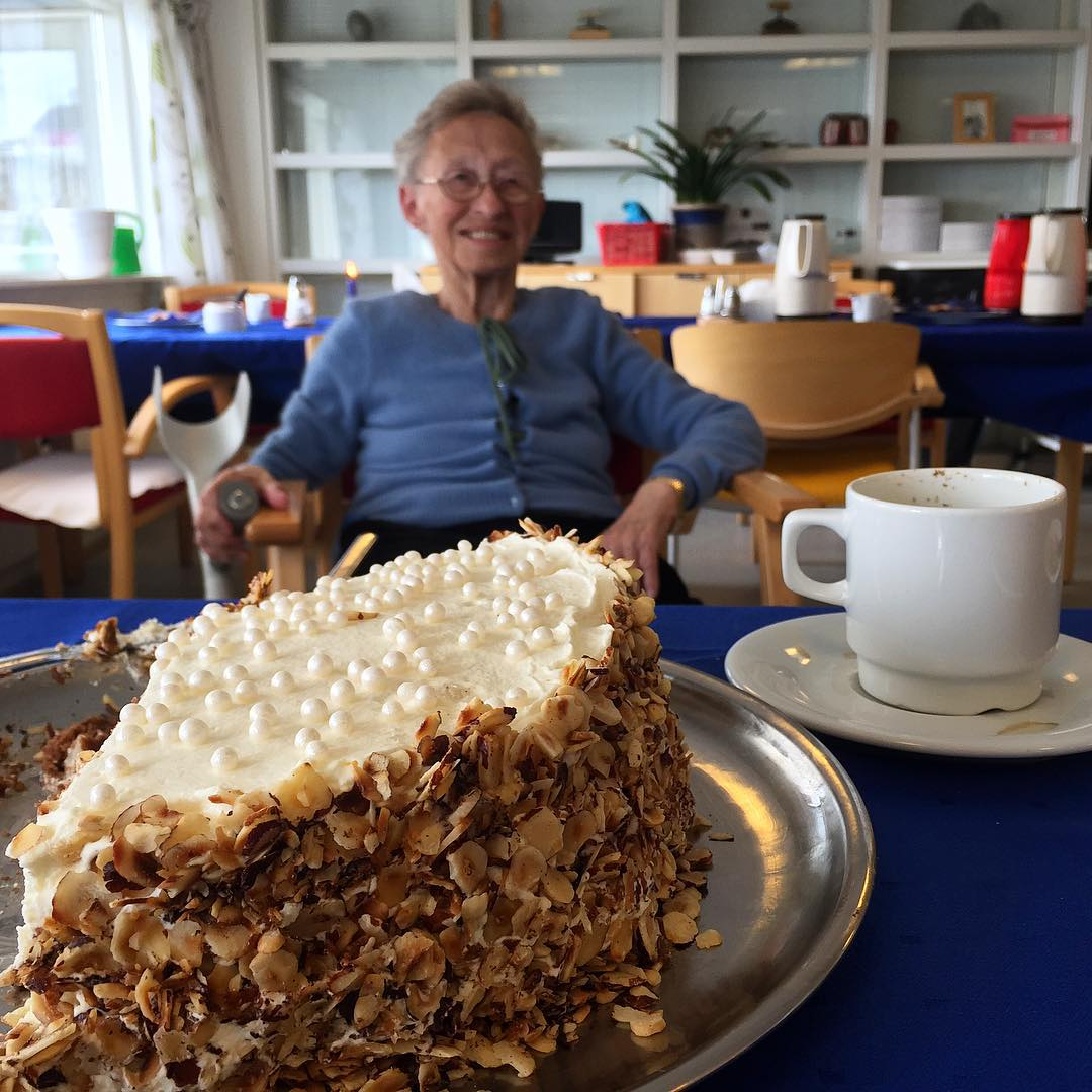 Coffee and cake with Emelia Lennert in Sisimiut