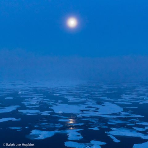 The moon and the sea ice mark our passage through Hell Gate