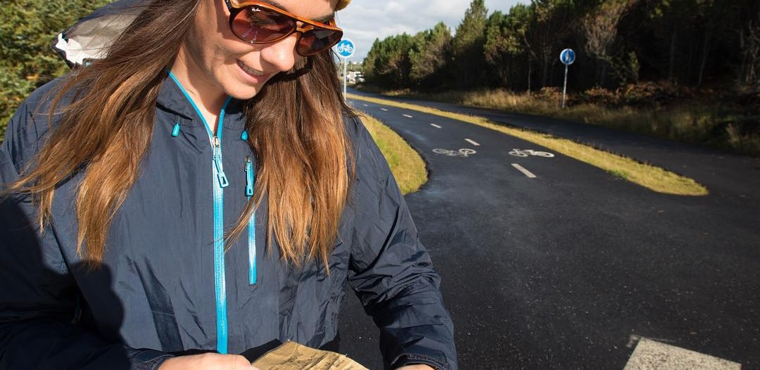Dagný Ívarsdottír takes out the elf map