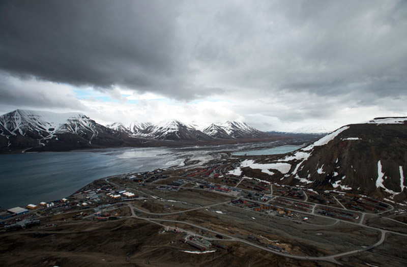 Overlooking the town of Longyearbyen, Svalbard, mountains in the background.